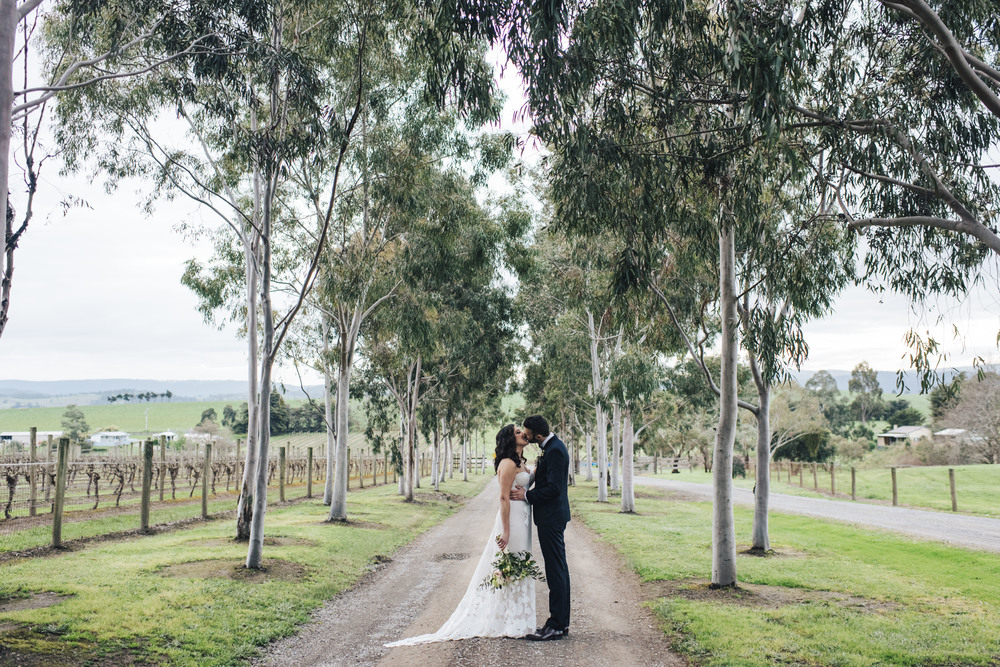 the-white-tree-photography-zonzo-estate-yarra-valley-australian-wedding-rustic-chic-wedding-69