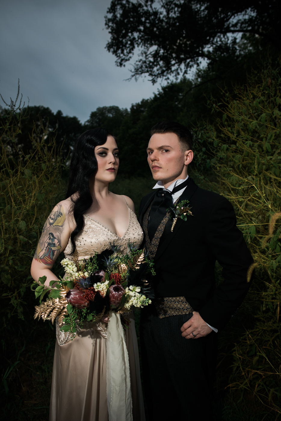 and-how-imaging-gothic-inspired-styled-shoot-gothic-wedding-1920s-theme-wedding-1920s-inspired-styled-shoot-halloween-styled-shoot-gothic-inspired-wedding-38