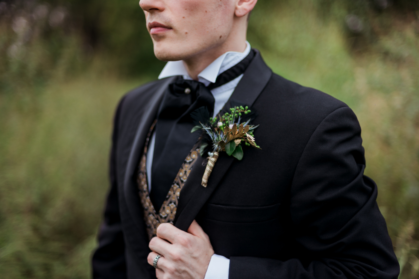 and-how-imaging-gothic-inspired-styled-shoot-gothic-wedding-1920s-theme-wedding-1920s-inspired-styled-shoot-halloween-styled-shoot-gothic-inspired-wedding-52