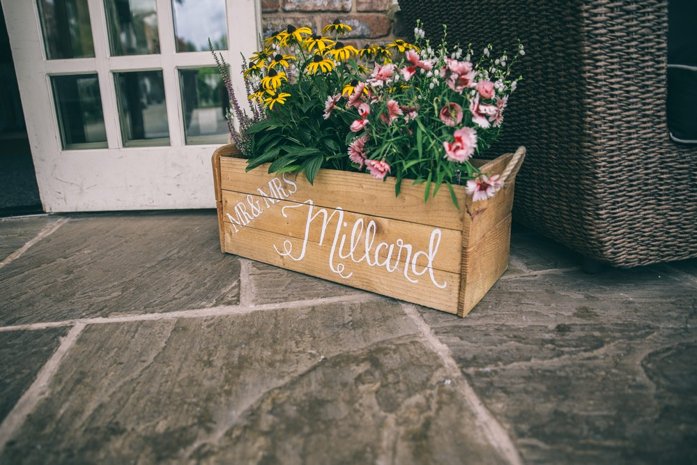 jess-yarwood-photography-country-wedding-rustic-wedding-vintage-inspired-wedding-charnock-farm-charnock-farm-wedding-diy-wedding-homemade-wedding-2