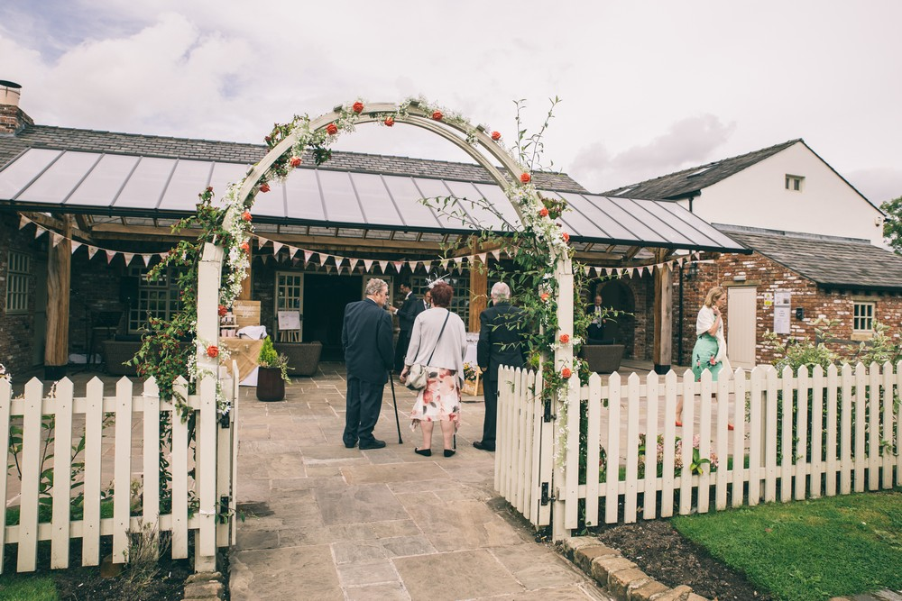 jess-yarwood-photography-country-wedding-rustic-wedding-vintage-inspired-wedding-charnock-farm-charnock-farm-wedding-diy-wedding-homemade-wedding-40