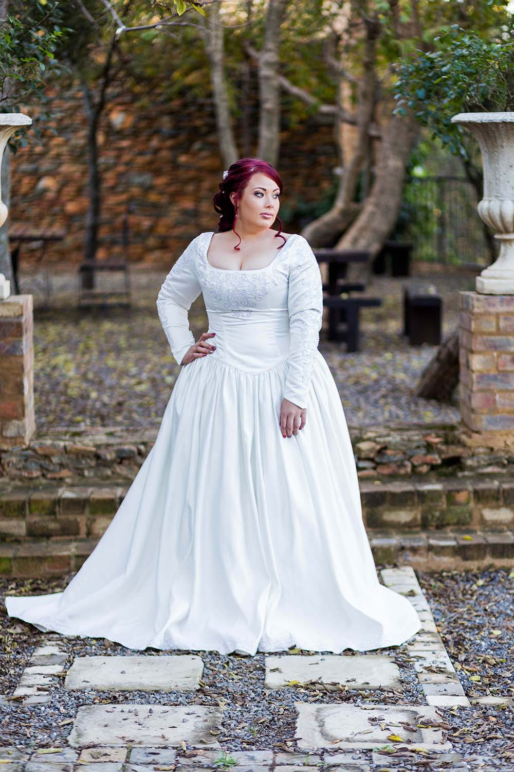 Stunning Medieval Inspired Wedding Dress Contemporary - Wedding and ...