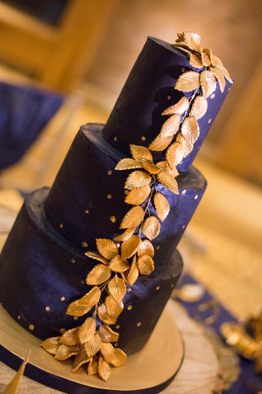starry-night-themed-wedding-starry-night-themed-shoot-navy-and-gold-wedding-palette-laura-grace-photography-164