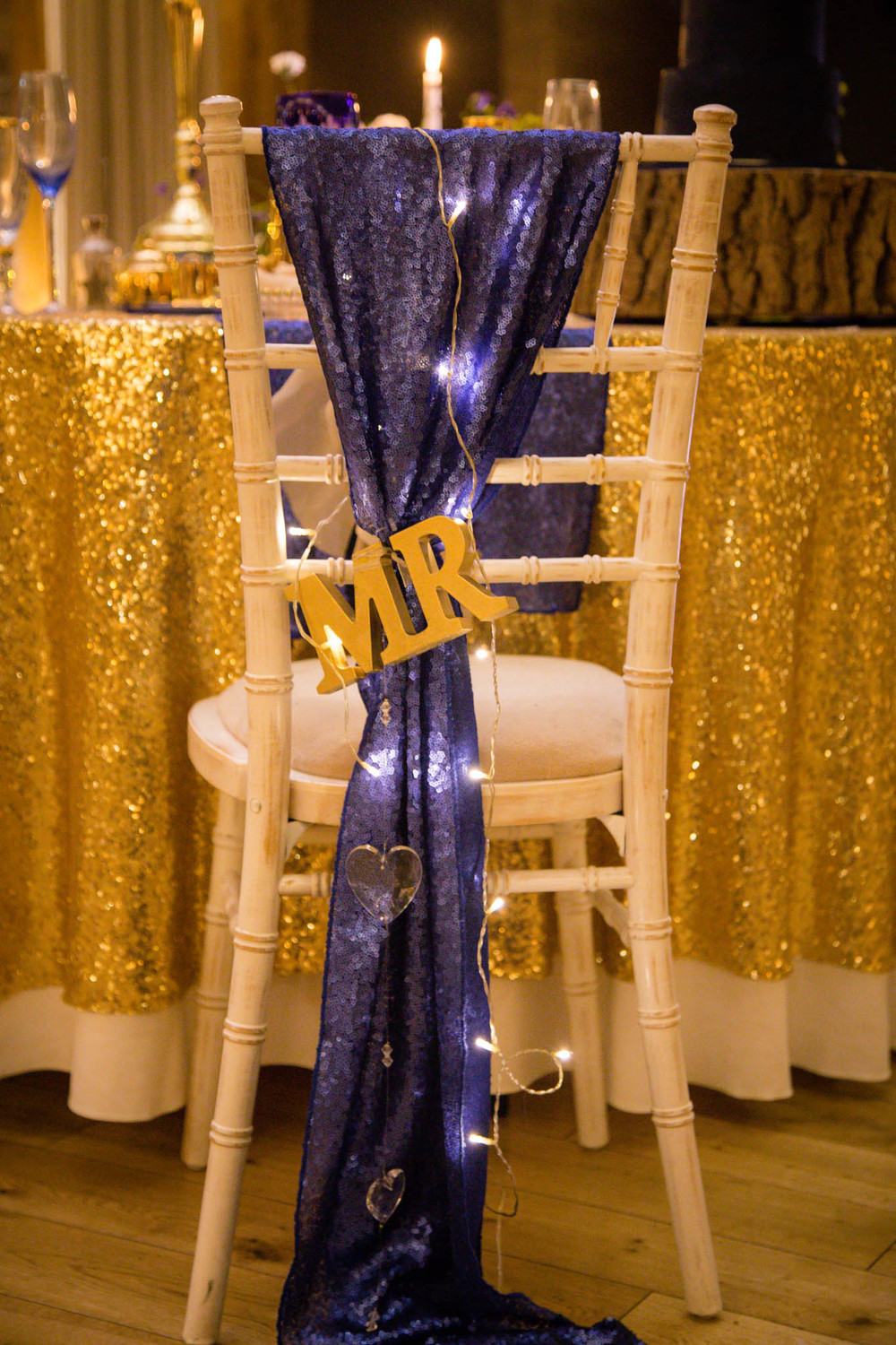 starry-night-themed-wedding-starry-night-themed-shoot-navy-and-gold-wedding-palette-laura-grace-photography-33