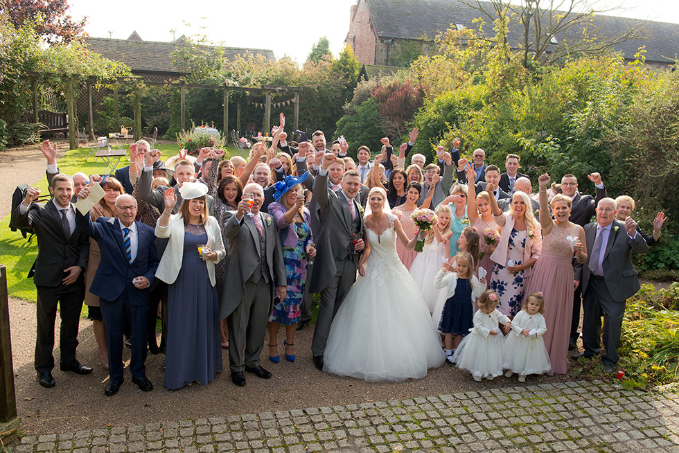derbyshire-wedding-dusky-pink-and-silver-wedding-palette-autumn-wedding-matt-selby-photography-29
