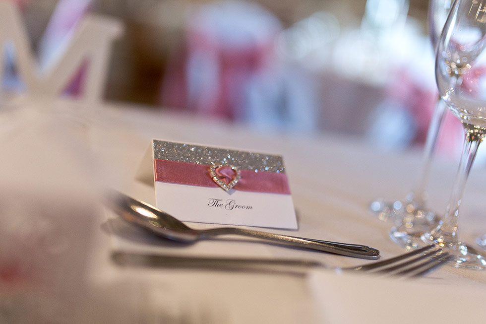 derbyshire-wedding-dusky-pink-and-silver-wedding-palette-autumn-wedding-matt-selby-photography-34