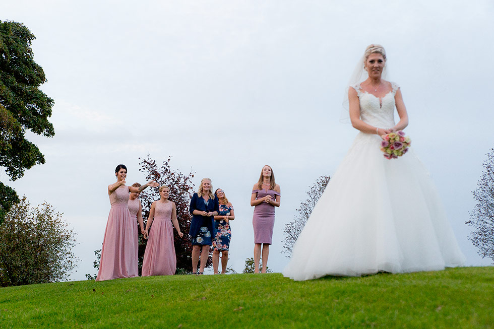 derbyshire-wedding-dusky-pink-and-silver-wedding-palette-autumn-wedding-matt-selby-photography-52