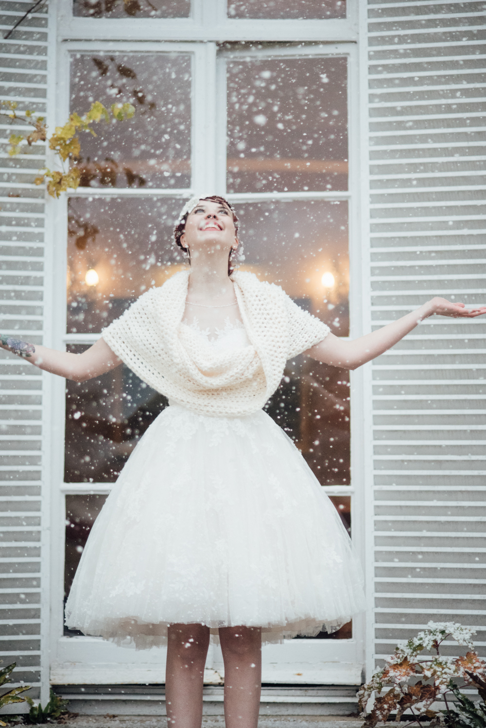 A luxury Winter Wedding Wonderland styled Shoot with a hint of ...