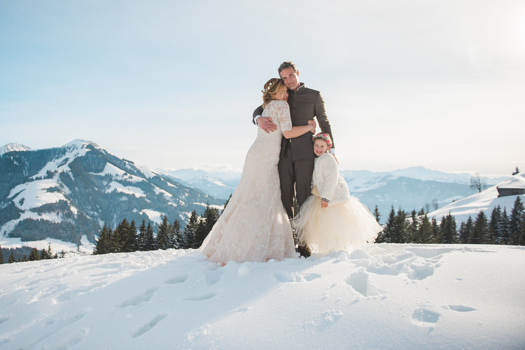 A pretty Austrian Wedding with winter forest styling - UK ...