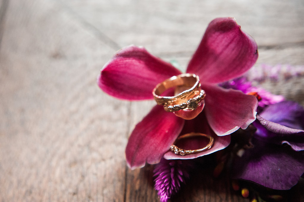 Dark Fairytale inspired Wedding - Wit Photography - gold rings - nadine kieft jewellery