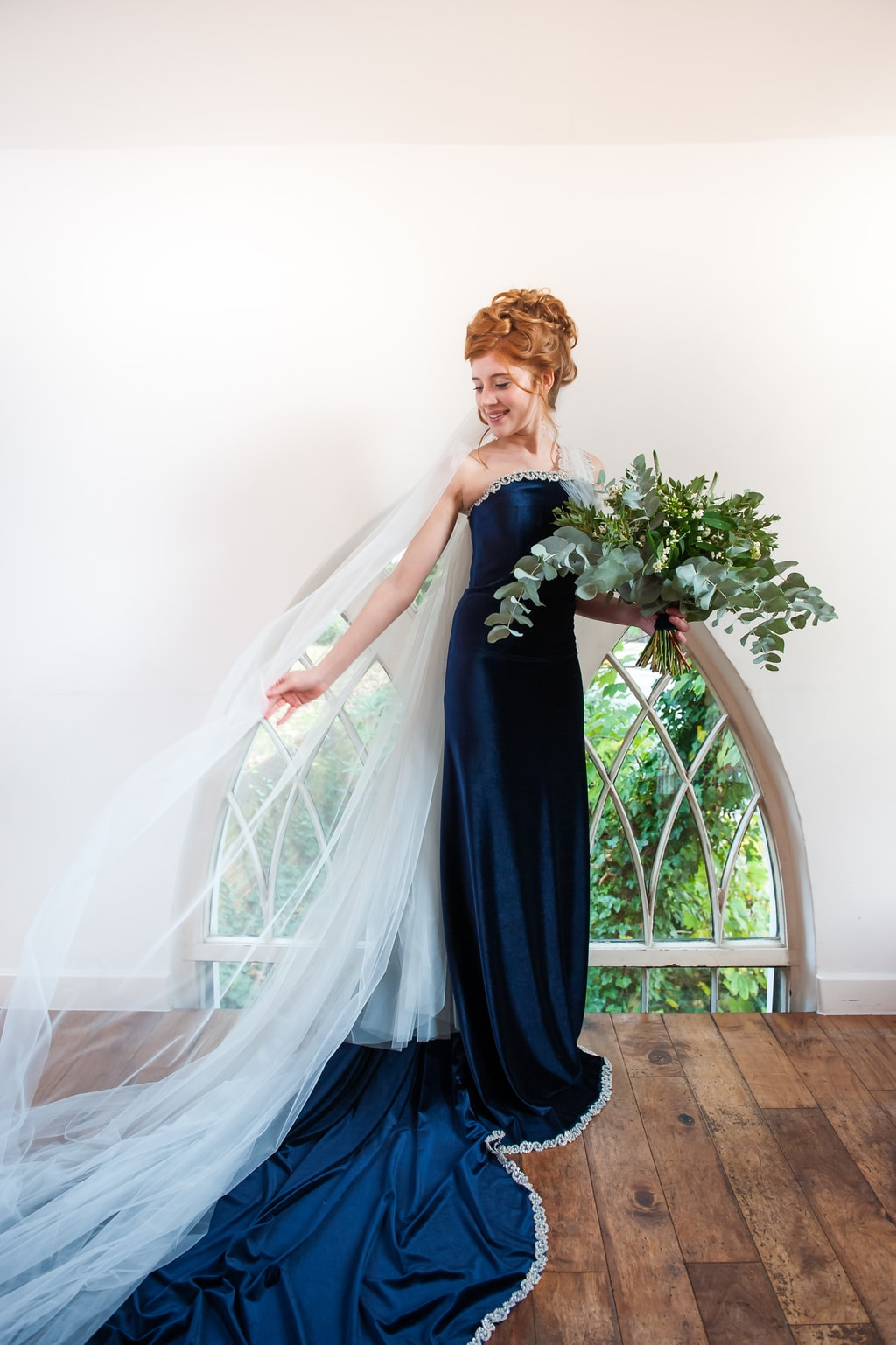 celestial inspired wedding, midnight blue bridal gown, karen dornellie, kat forsyth photography