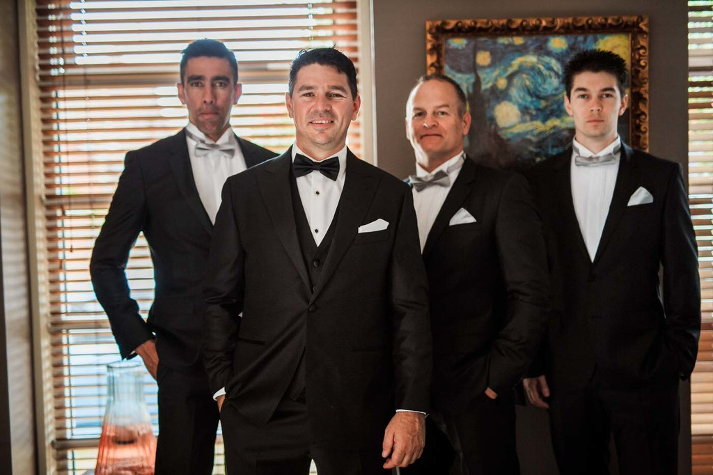 old hollywood inspired wedding - Clarte Photography - groom and groomsmen