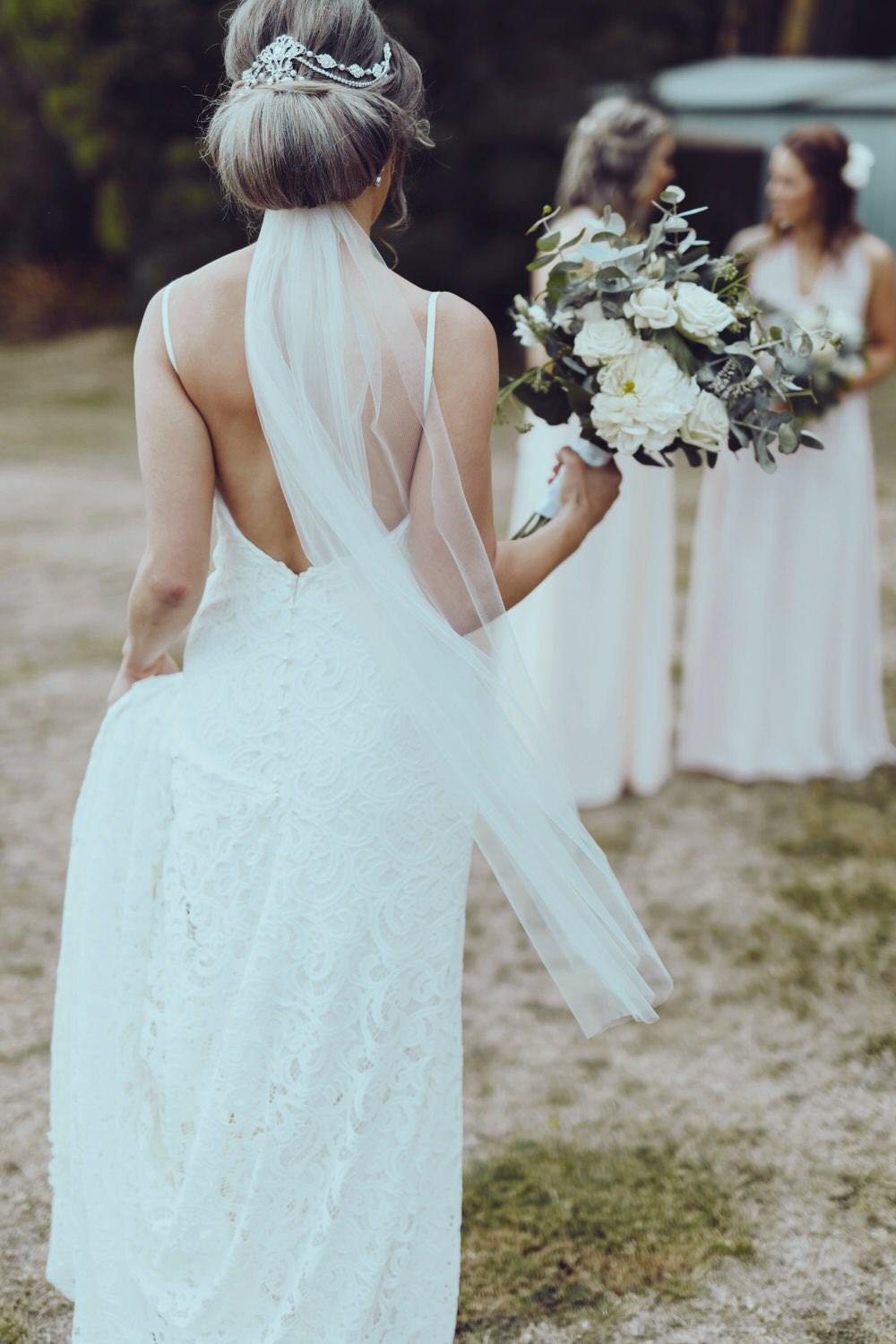 A stunning Vintage Boho Wedding at Cammeray Waters with pastel and ...