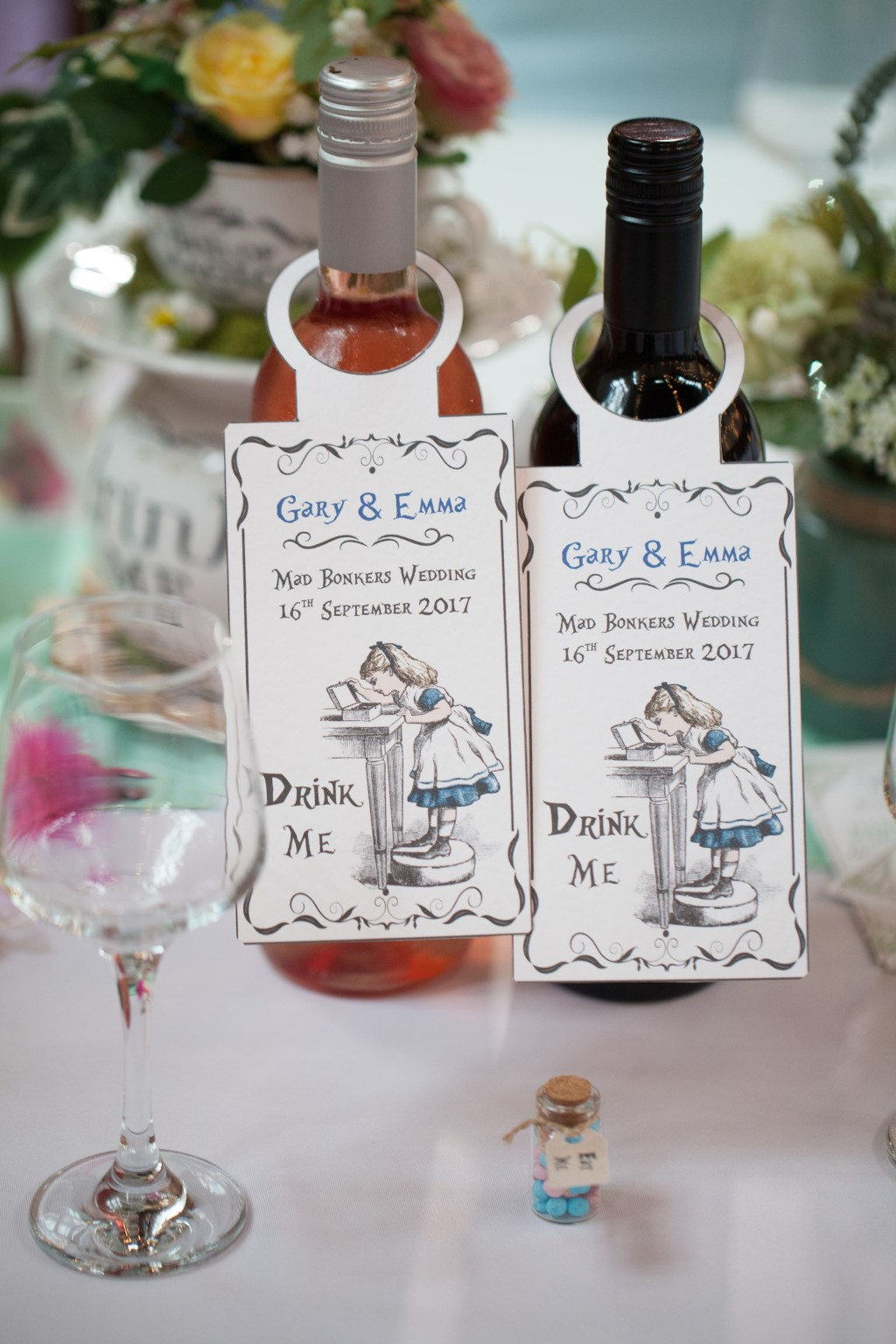 Fantastic Alice In Wonderland Wedding Theme Image Collection - The ...
