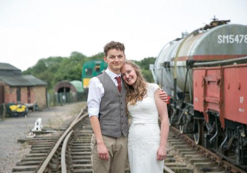 Vintage Wedding Dresses East Sussex: A Pretty Sussex Wedding With A Steampunk & Alice In